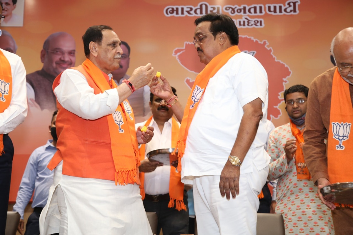 BJP takes lead in Gujarat local body polls