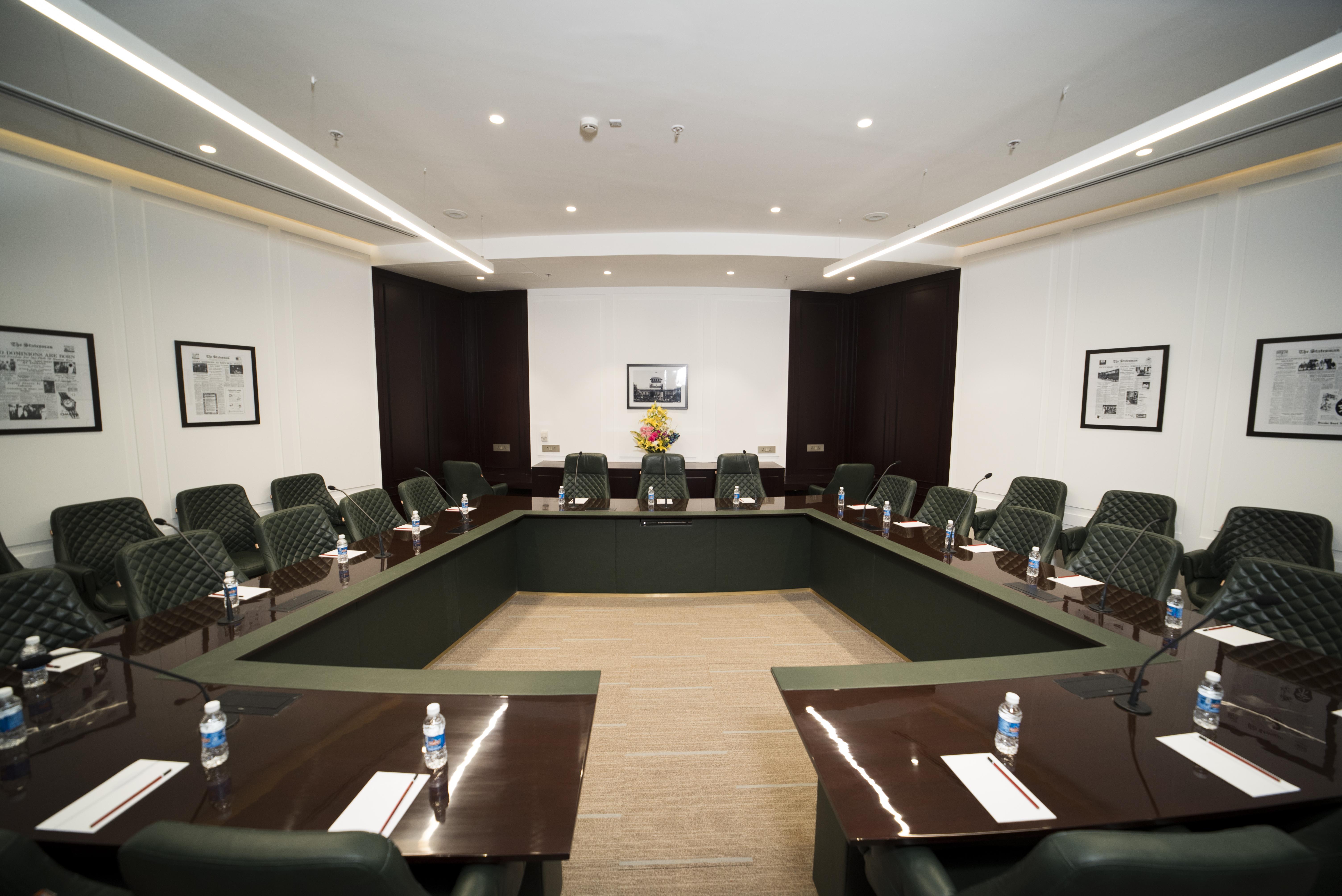 Statesman Chambers Conference Room