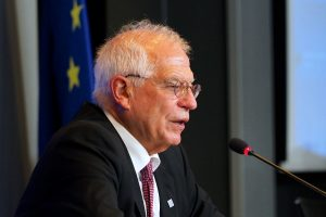Top EU official urges greater coordination on migration