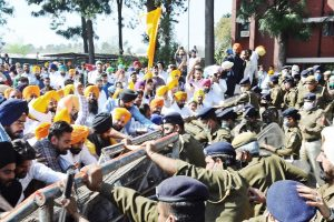 Punjab budget session : Opp creates ruckus over farm laws