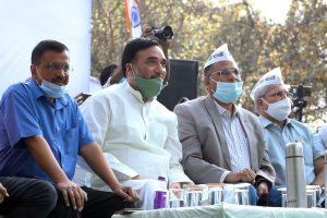 Kejri urges Modi govt to withdraw GNCTD Bill