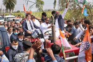 Stand by farmers 'even for 100 more months if need be', Priyanka Gandhi at Mahapanchayat