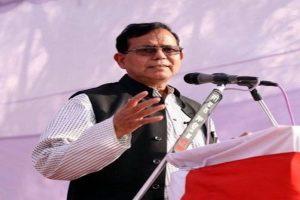 Salim slams PM over slum remark