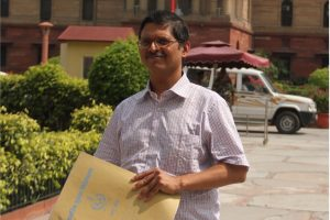 IPS Amitabh Thakur forced to retire as unfit to serve