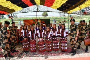 BSF cyclists cover 4,000 km along India-B'desh borders on 50th year of 1971 war