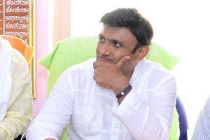 Karnataka minister seeks monogamy test for legislators