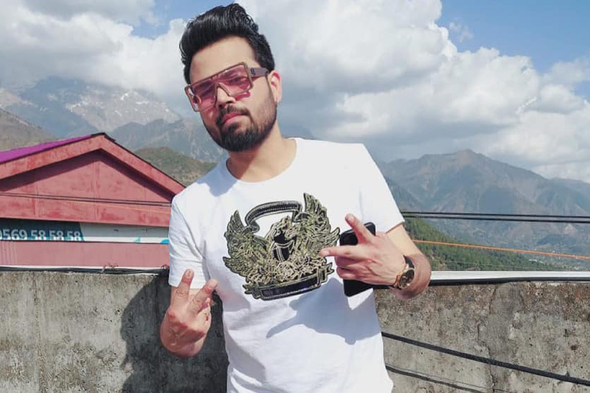 Punjabi singer, Diljaan Singh, road accident