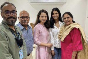 Kangana Ranaut gives a shout-out to 'Tejas' director