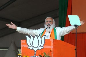 Mamata 'clean bowled', her entire team asked to leave field: Modi at Bardhaman rally