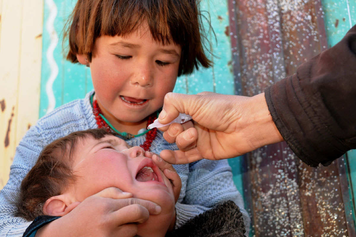 polio vaccination, Afghanistan