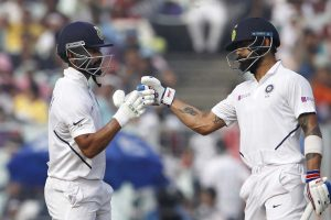 India pegged back as England take 3 wickets in 1st session