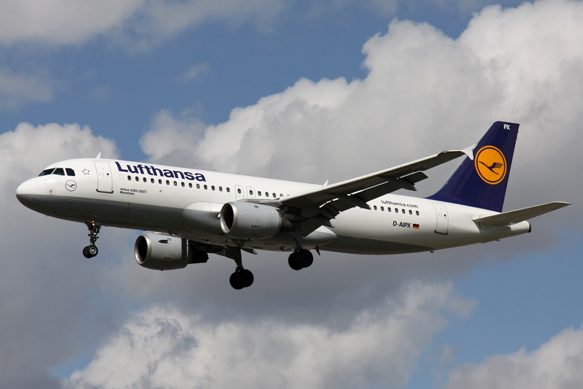 Lufthansa, Airbus into climate research aircraft. Climate change, environment