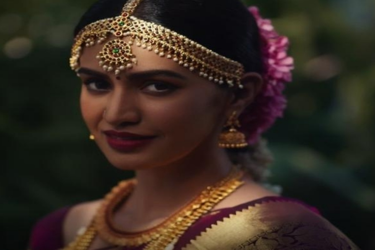 Jewellery inspired by Indian embroiderie