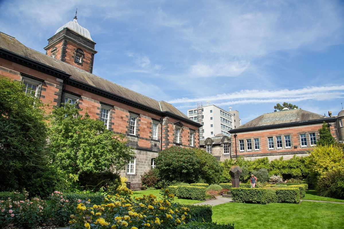 University of Dundee, South Asia, South Asia Scholarships