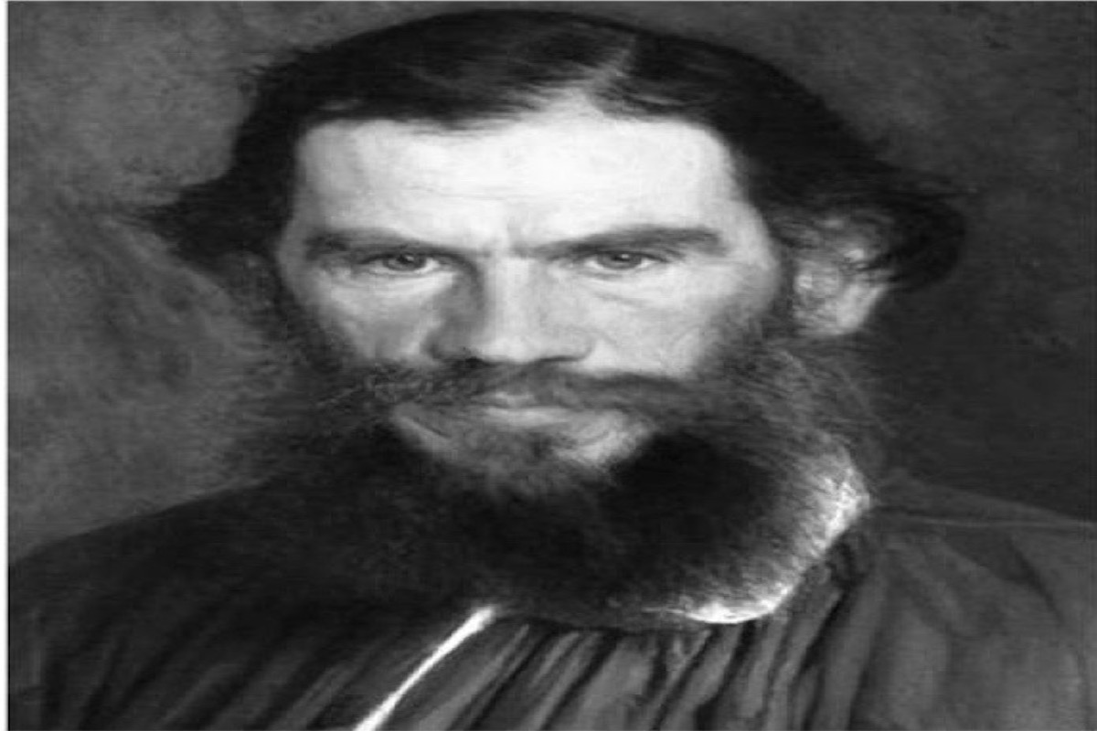 Leo Tolstoy, aristocratic lifestyle, spiritual awakening,