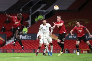 Fernandes, Cavani scores braces as United thrash Roma 6-2