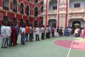 High turnout in 1st 2 hours of Bengal last phase