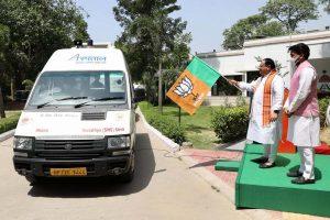 JP Nadda flags off medical supplies to Himachal, praises Anurag Thakur's role