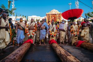 More lord Jagannath servitors get COVID-infected as govt creates bio-bubble for chariot construction