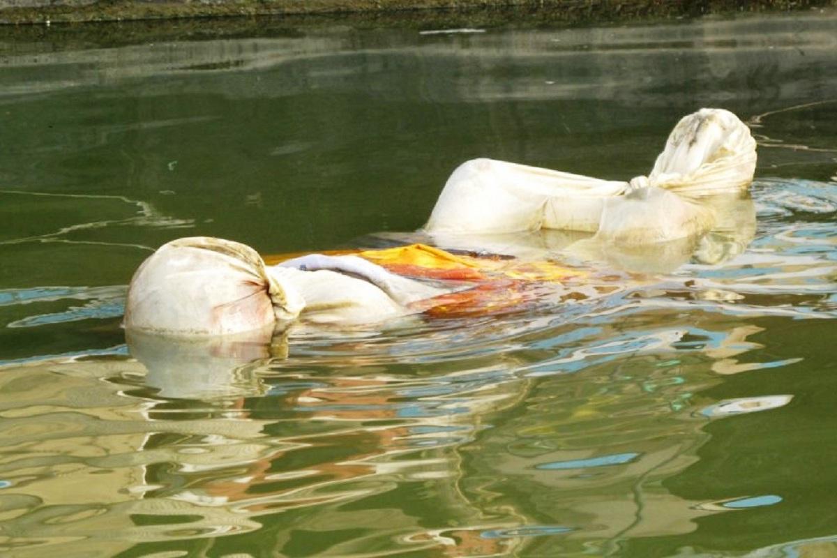 The River, Covid victims, Ganga, Uttar Pradesh