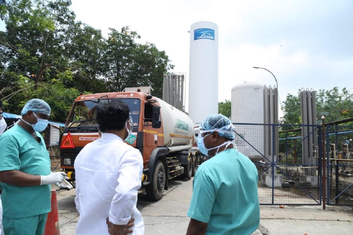 oxygen plants, Indian Railways, Covid 19