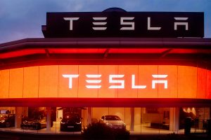 Indian-origin man arrested in US for letting Tesla autodrive, repeats stunt after release