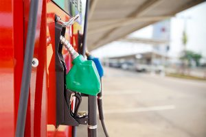 Oil price paused again, rate static on Monday