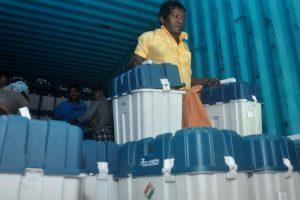 Counting of postal votes begins in Kerala, Left ahead
