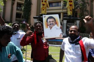 Change of guard in TN, DMK to form govt after 10 years