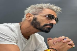Arjun Rampal flaunts platinum blonde hair