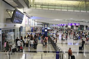 HK to suspend passenger flights from Britain