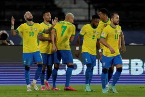 Brazil beats Peru 4-0 to move into 1st in Copa