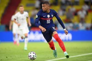 Ronaldo's brace powers Portugal to win, France pip Germany