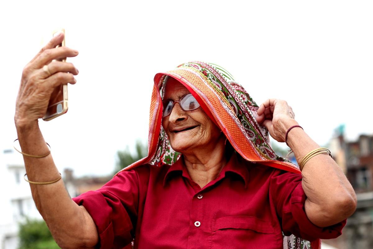 Elderline, World Elder Abuse Awareness Day, COVID-19