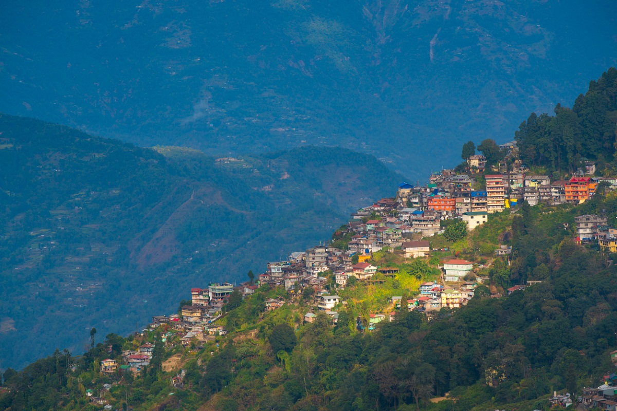 containment zones, Darjeeling district, Covid-19, SMC