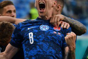 Slovakia upset Poland 2-1 in Euro 2020