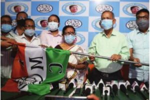 Noted Siliguri CPM leader switches sides to TMC