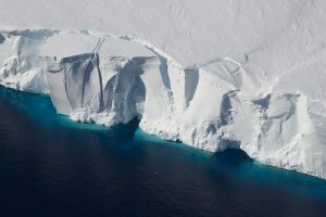 Enormous Antarctic lake vanished in 3 days: Study