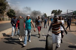 72 killed in violence over jailing of S Africa's ex-prez Zuma