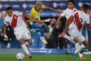 Brazil beats Peru 1-0