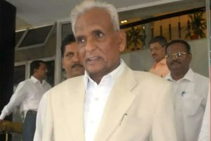 11-time MLA Ganpatrao Deshmukh cremated with full state honours
