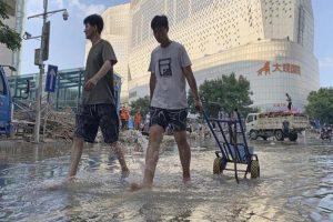 Typhoon In-fa hits China's east coast, flights cancelled