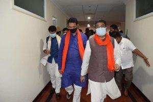 Union min. Pradhan, Kishan Reddy conduct meet over K'taka CM selection