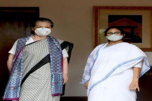 Mamata discusses political situation, Pegasus with Sonia Gandhi