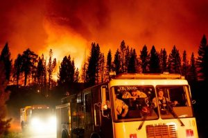 Fires rage in several states as heat wave sears US West