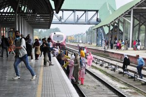 Train services fully restored in Kashmir