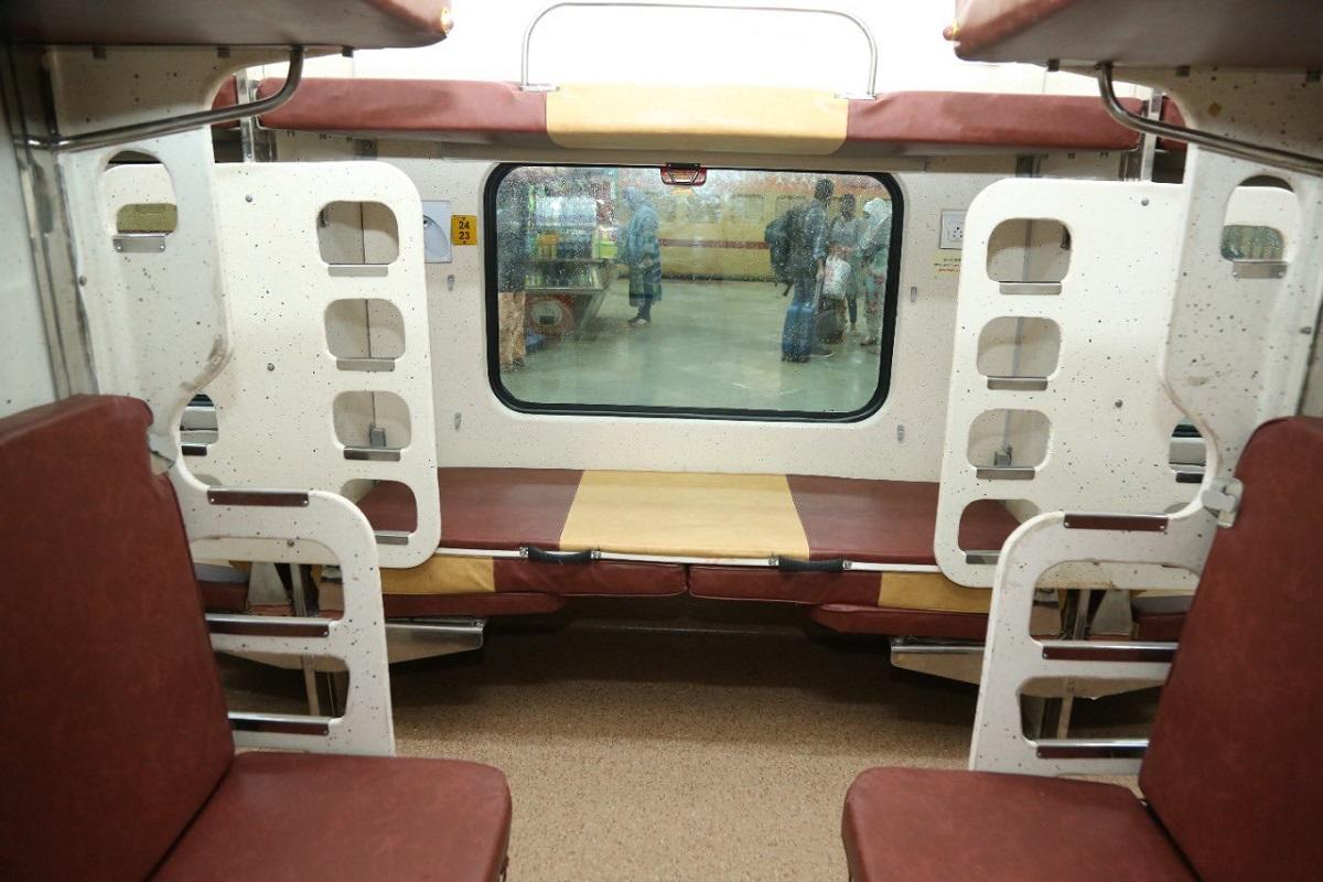 Smart Coaches, Indian Railways, Tejas sleeper coach rakes, Western Railways