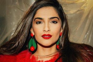 """Sonam Kapoor Decides to go on a Photo Dump; """"Snippets of my life"""""""