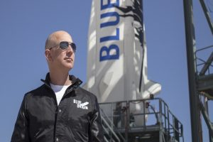 Bezos offers NASA $2bn discount for human lunar lander mission