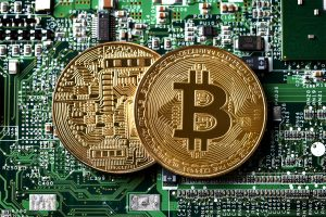 Bitcoin fails to break past $35,500 mark, trades down by 4.2 pc